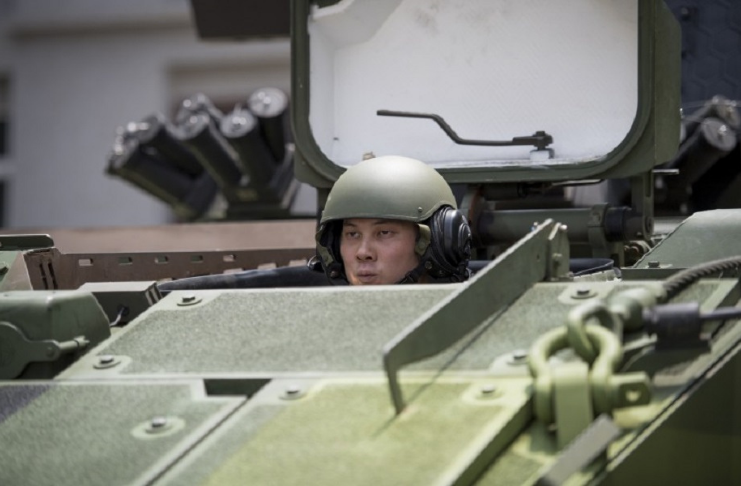 soldado preparado para guerra