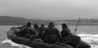 força especial no barco