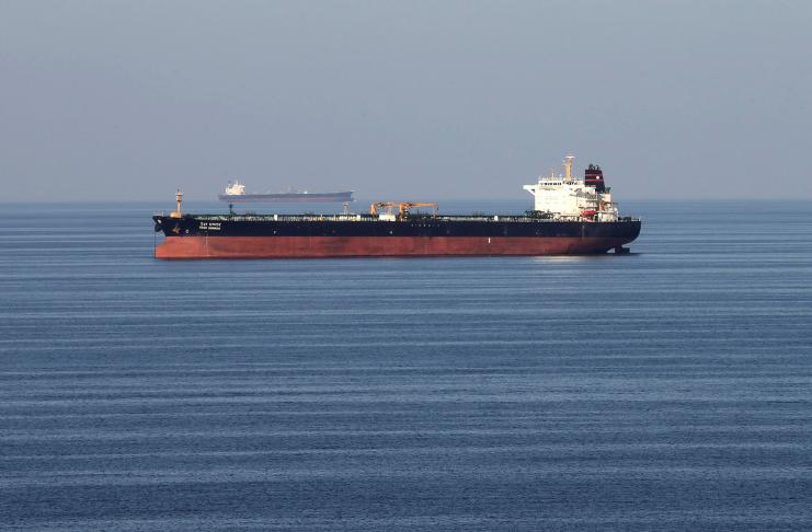 navio de petróleo