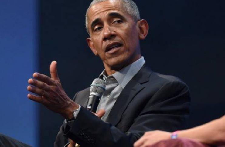 Barack Obama critica os eleitores hispânicos por apoiarem Trump