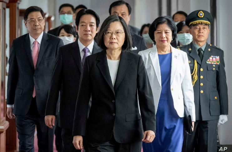 Presidente de Taiwan pede calma enquanto cidadãos pró-Trump estão em pânico em meio a um aumento de votos de Biden
