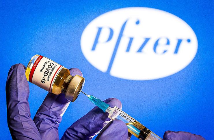 O Reino Unido se torna o primeiro país a aprovar a vacina Pfizer