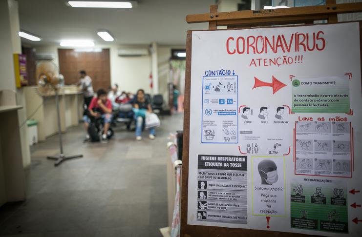 Mais brasileiros acreditam no ceticismo da vacina COVID-19 do presidente Bolsonaro