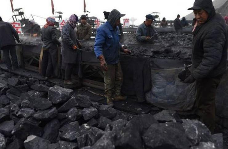 Província chinesa relata quedas de energia após proibição de carvão na Austrália