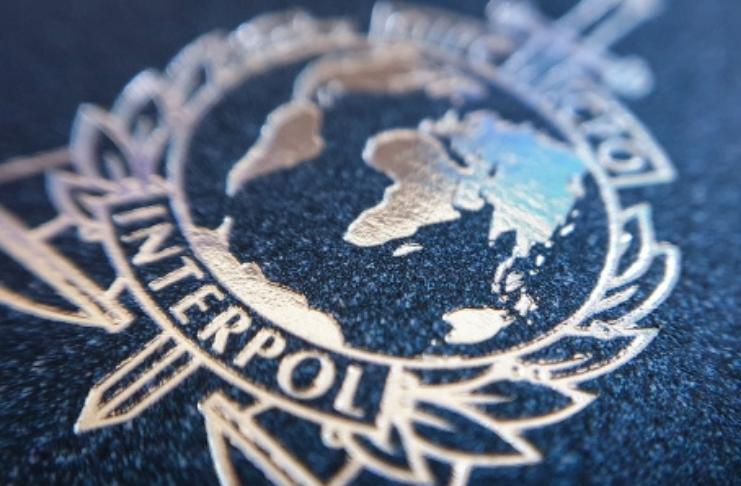 Interpol diz que vacinas COVID-19 podem ser alvos do crime organizado
