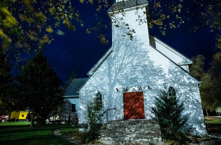 Cidade de Minnesota vota para permitir igreja da supremacia branca