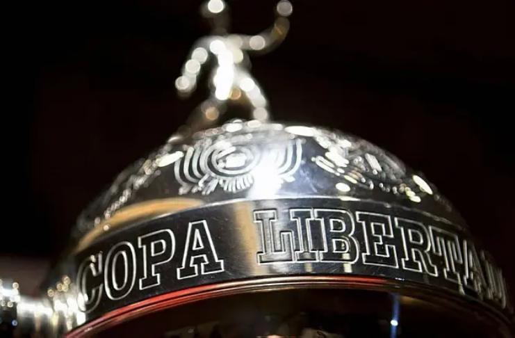 Copa Libertadores: Rivais brasileiros, Palmeiras e Santos, se preparam para final ao vivo na BBC