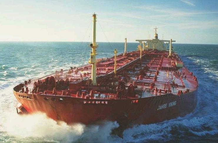 Sete homens nigerianos presos por 'sequestro' de petroleiro do Canal da Mancha não processados