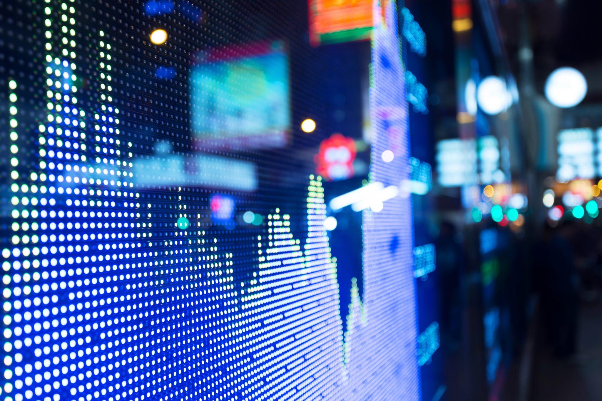 Investimento no exterior cai quase 50%