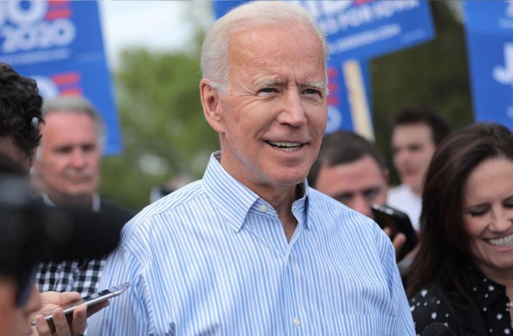Os jovens acham que Joe Biden vai tirar os EUA da recessão, mostra a pesquisa