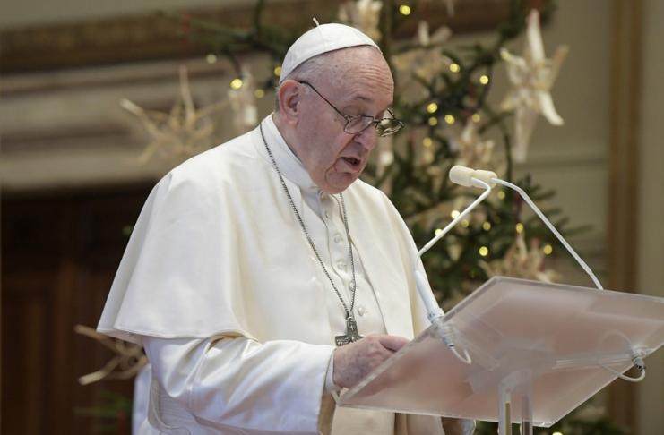 Papa Francisco condena os viajantes que fogem dos bloqueios do COVID-19