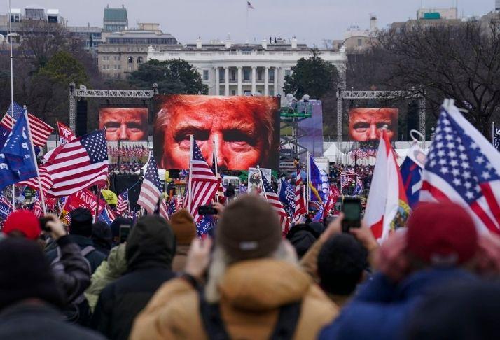 Primeira ameaça doméstica dos EUA coloca o país em alerta anti-terrorismo