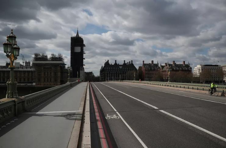 Londres assustadoramente vazia em meio ao bloqueio restrito de COVID-19