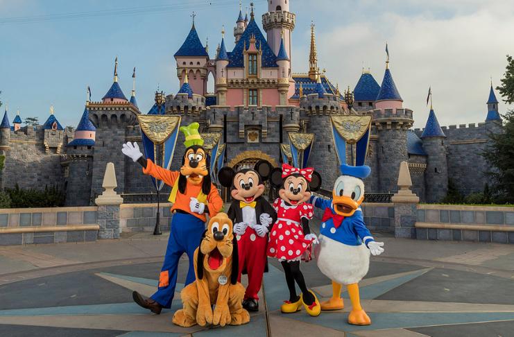 Disneyland se tornará um grande local de vacinação