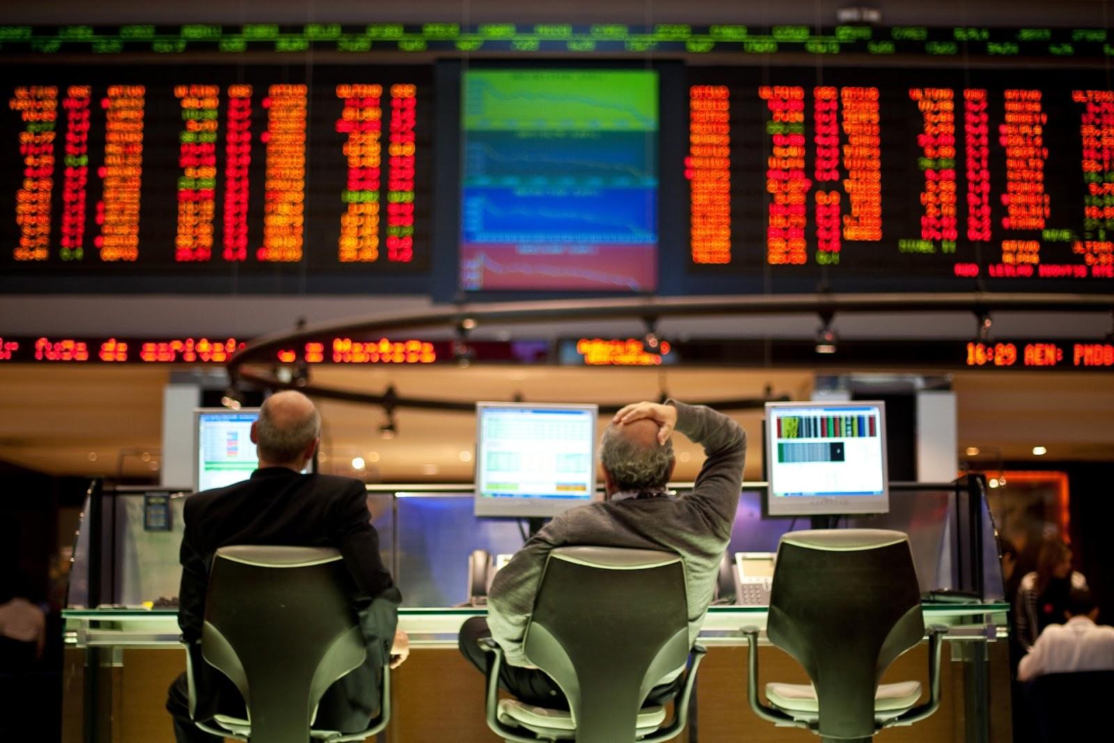 Iniciantes: o passo a passo de como investir na bolsa de valores