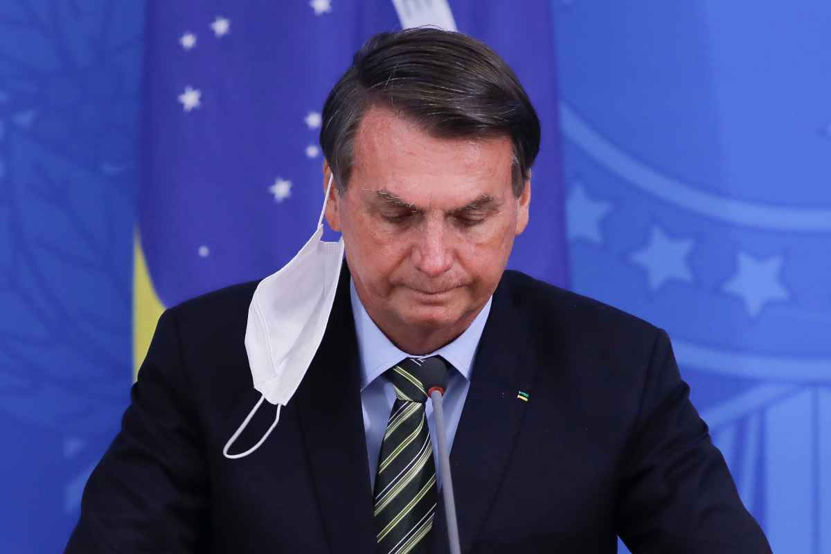 Bolsonaro afirma que Auxílio Emergencial não será permanente - Entenda