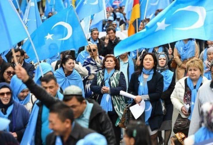 Mulheres detidas em Xinjiang, na China, alegam abuso sexual e tortura