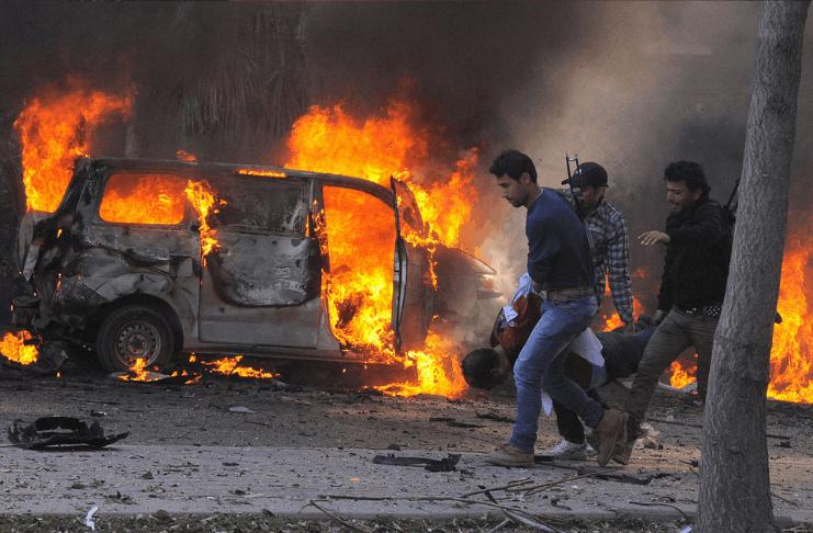 Dois carros bomba abalam Aleppo do norte da Síria