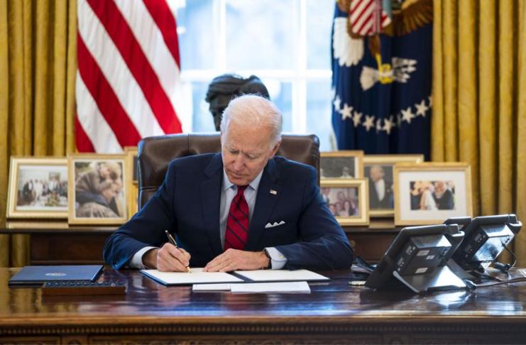 Presidente Biden dá aos americanos sem seguro mais opções de seguro de saúde