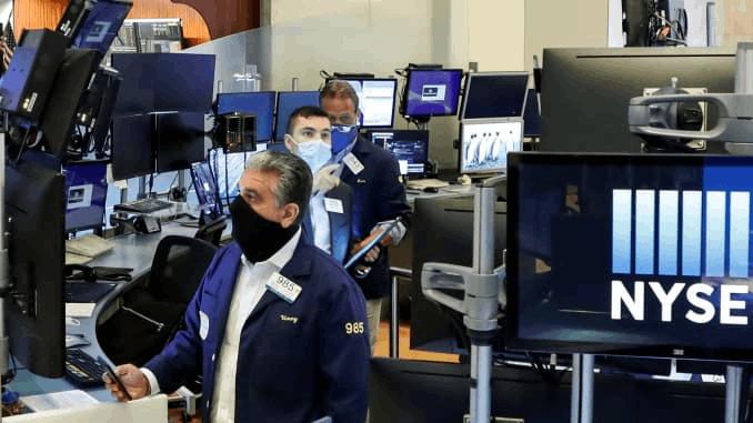 Mercado de ações dos EUA se recupera ligeiramente após onda do Reddit