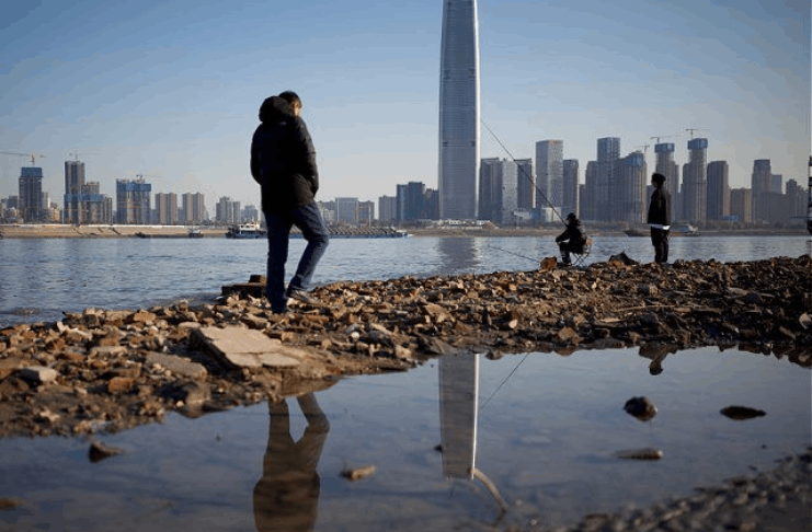 Centenas de milhares de pessoas ficando sem água no sul da China